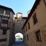 Arco Conjuradero de Poza de la Sal, desde la Plaza Vieja