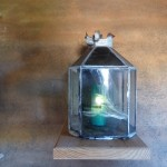 Arco Conjuradero de Villegas: Vela en urna de cristal